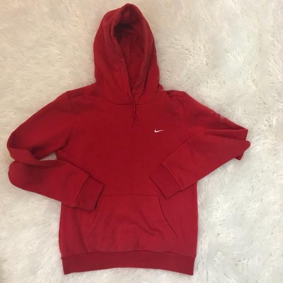 Women Red Nike Hoodie Size S. M 5ada02ec46aa7c33534547ff e4edd133ff